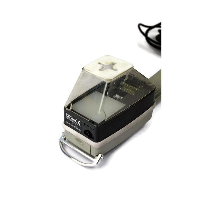 Czytnik / skaner kodów kreskowych Omron V400-H111